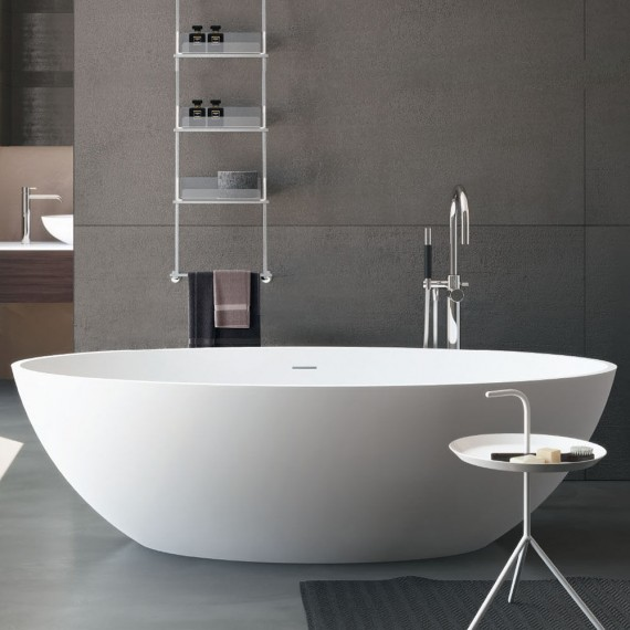 Vasca da bagno freestanding in solid surface bianco lucido ...