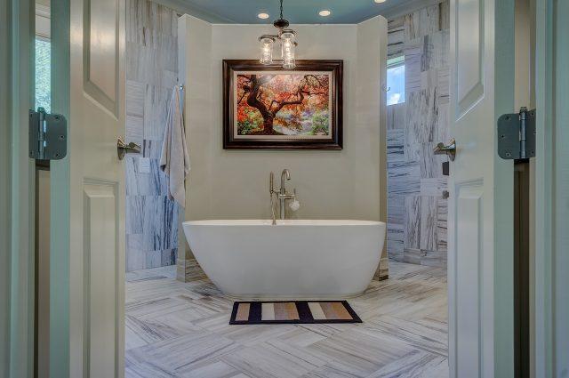 Misure vasche da bagno: come scegliere quella giusta per le tue esigenze