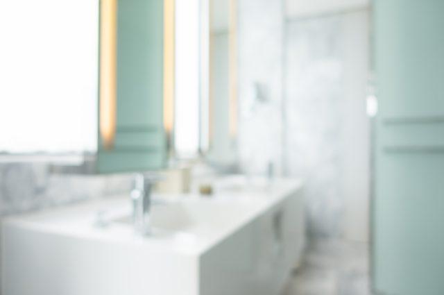 Perché il lavabo d'appoggio è la giusta soluzione salvaspazio?