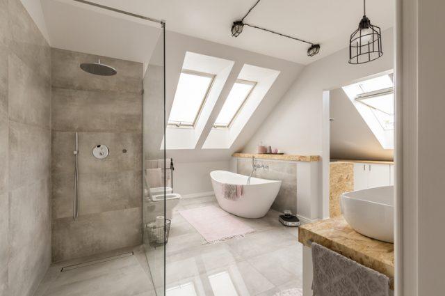 Box doccia: vetro trasparente o satinato? Tutti i pro e contro