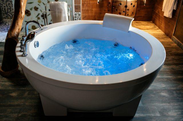 I benefici che offre una vasca idromassaggio (anche da esterno)